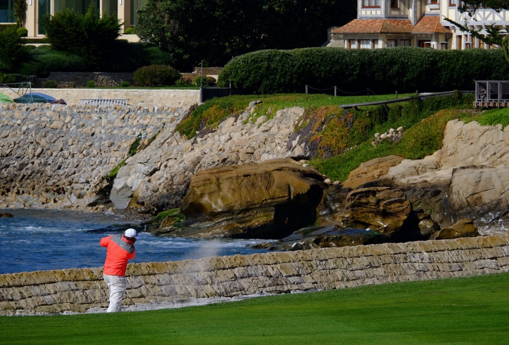 Pebble Beach 17a_3.jpg