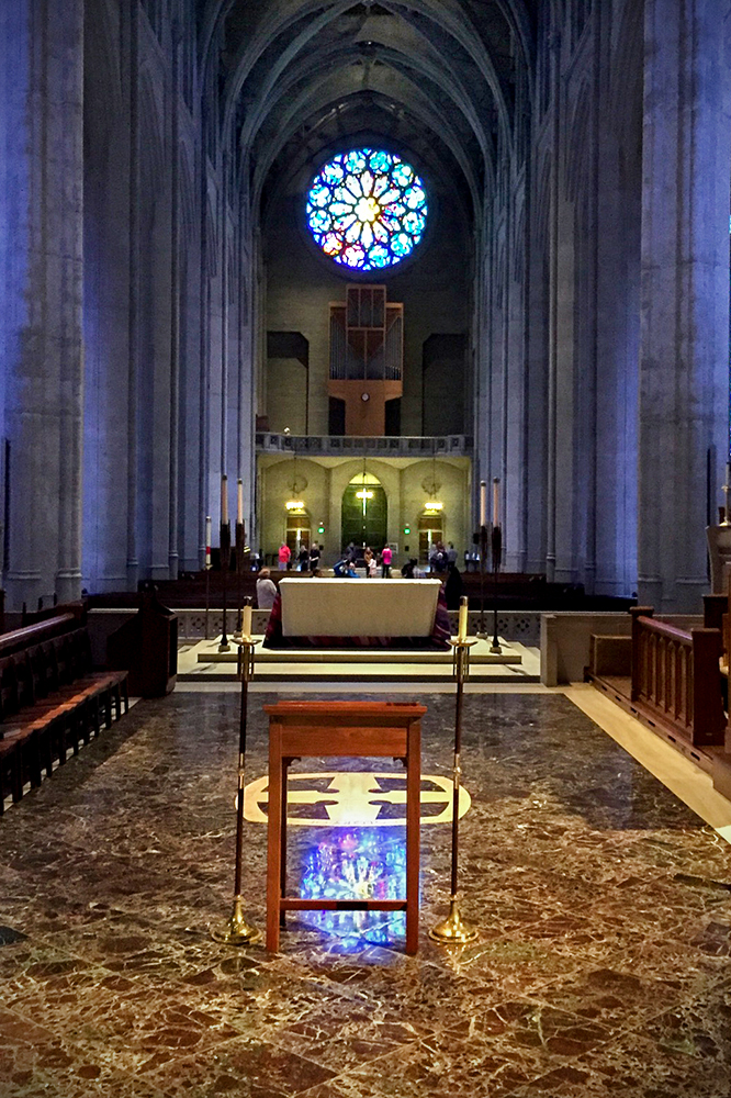 grace-cathedral-interior_0445-w.jpg