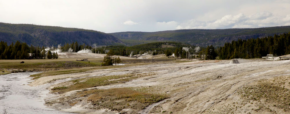WY-Yellowstone-Upper-Geyser-Basin-159+171-PAN.jpg