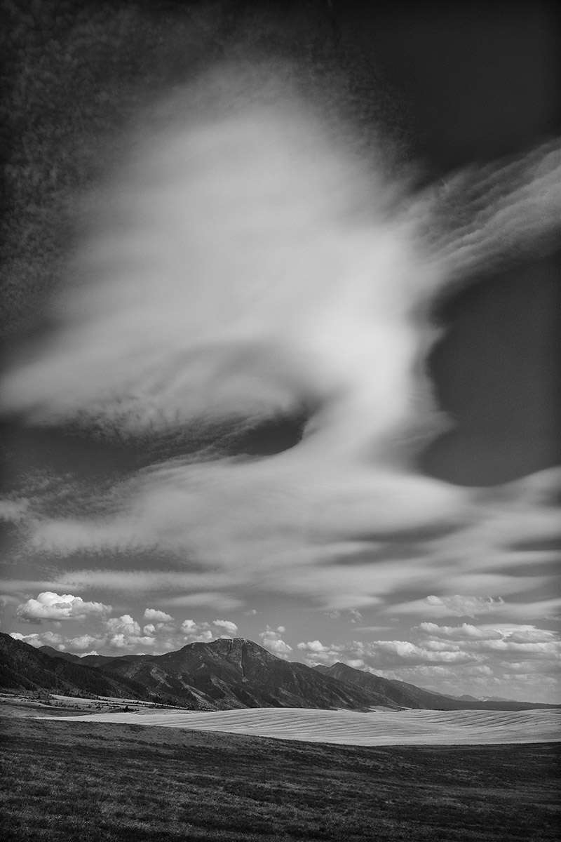 swan valley mountian and cloud s.jpg