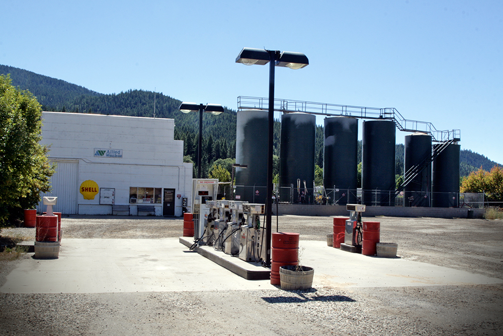 shell-station-feather-river_6166-w.jpg