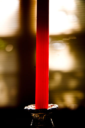 Contrejour-candle.jpg
