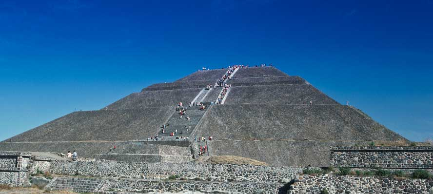 Mexico-7-02-Teotihuacan-Pyramid-of-the-Sun.jpg
