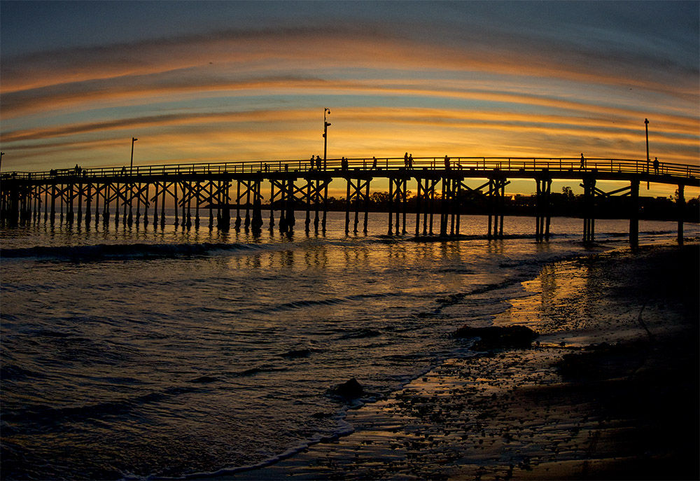 goleta pier sunset.jpg