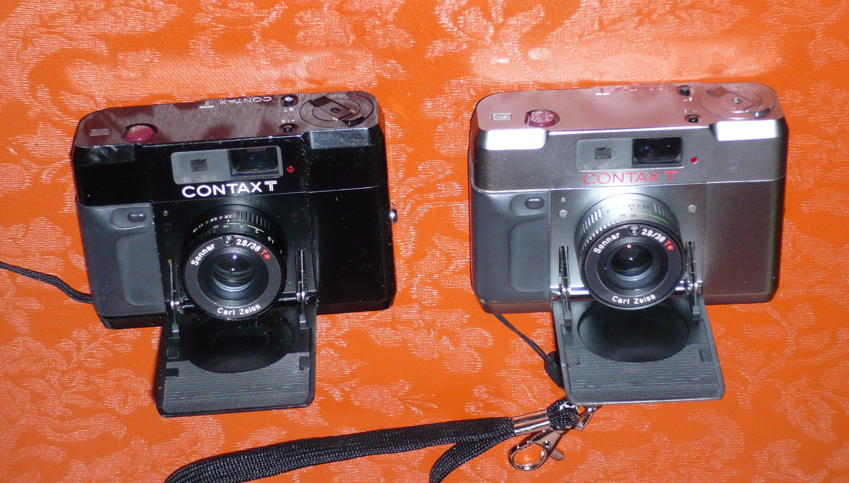 contax  t  black and silver.jpg