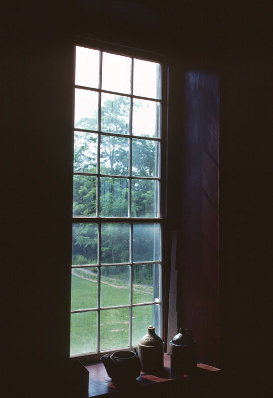 KY-Pleasant-HIll-3-77C16-28-Cntr-Fam-kitchen-window.jpg