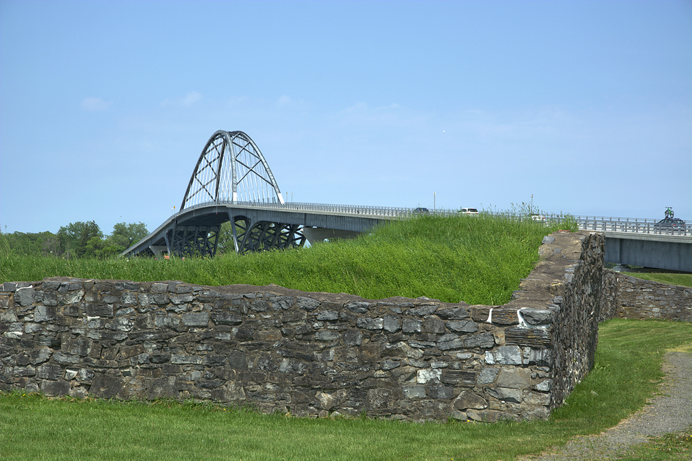 old fort new bridge.jpg