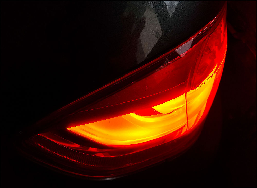 tail light x1000.jpg