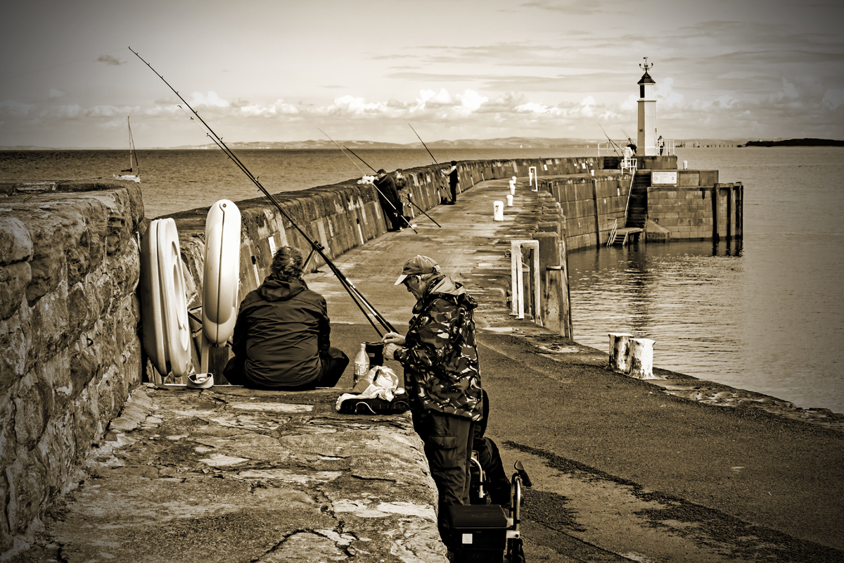Sea fishing-web.jpg