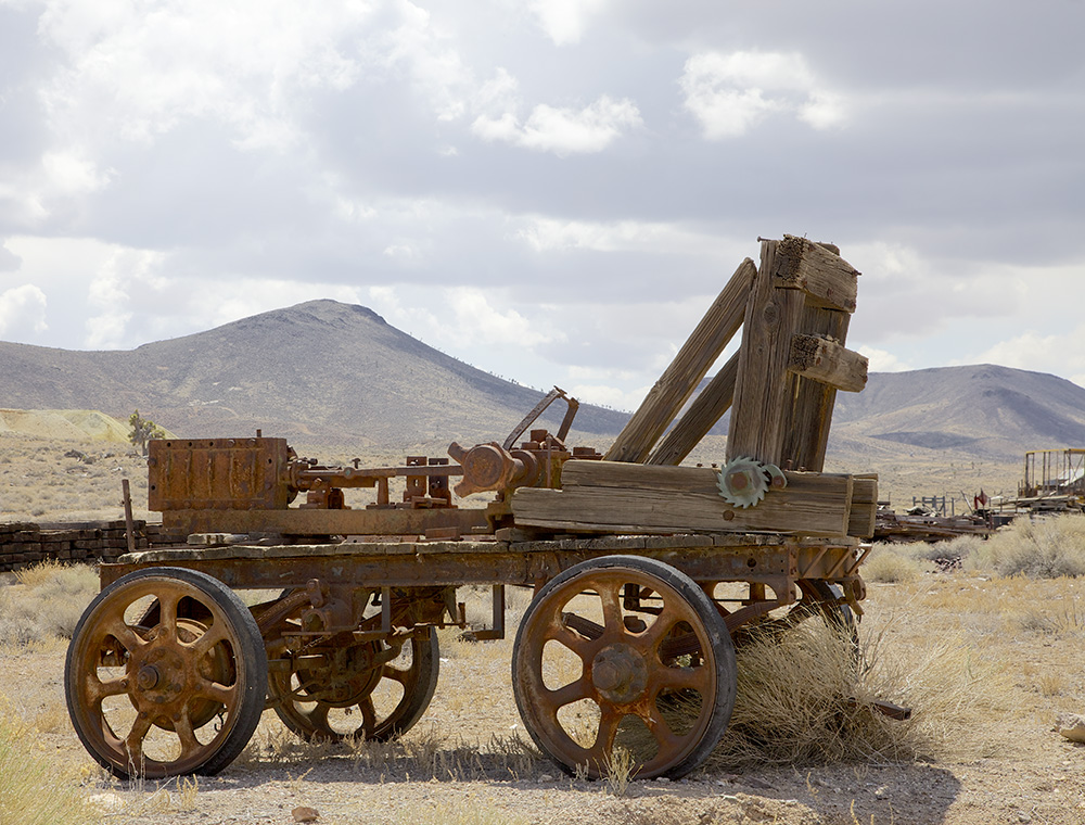 old mining equipment golfield.jpg