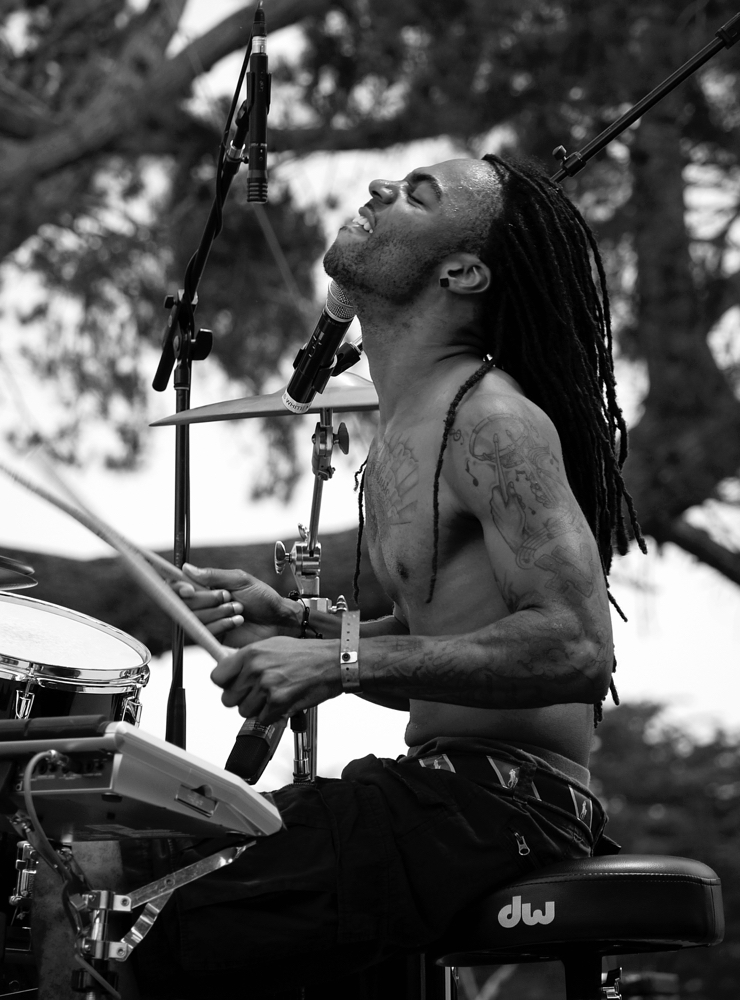 2011 Monterey Bay ReggaeFest_New Kingston_3.jpg