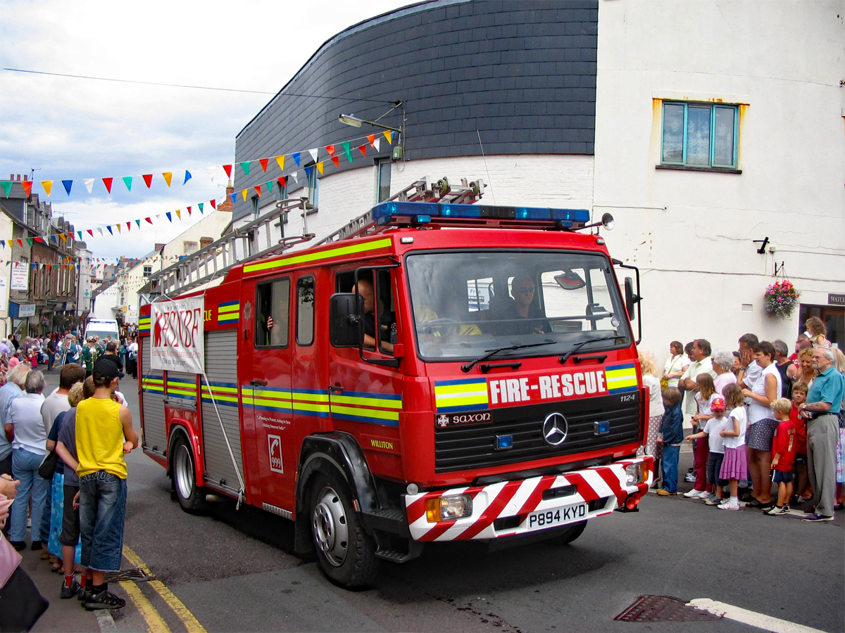 Fire engine-web.jpg