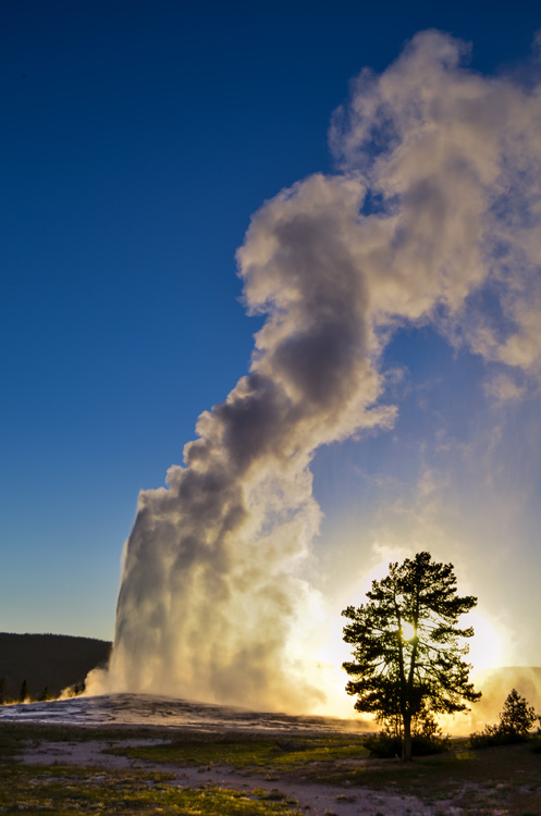 Old Faithful Sunset-02a-sml.jpg