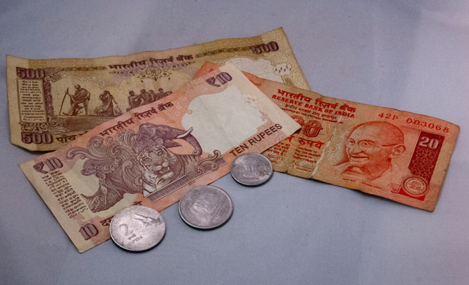 Indian-currency.jpg