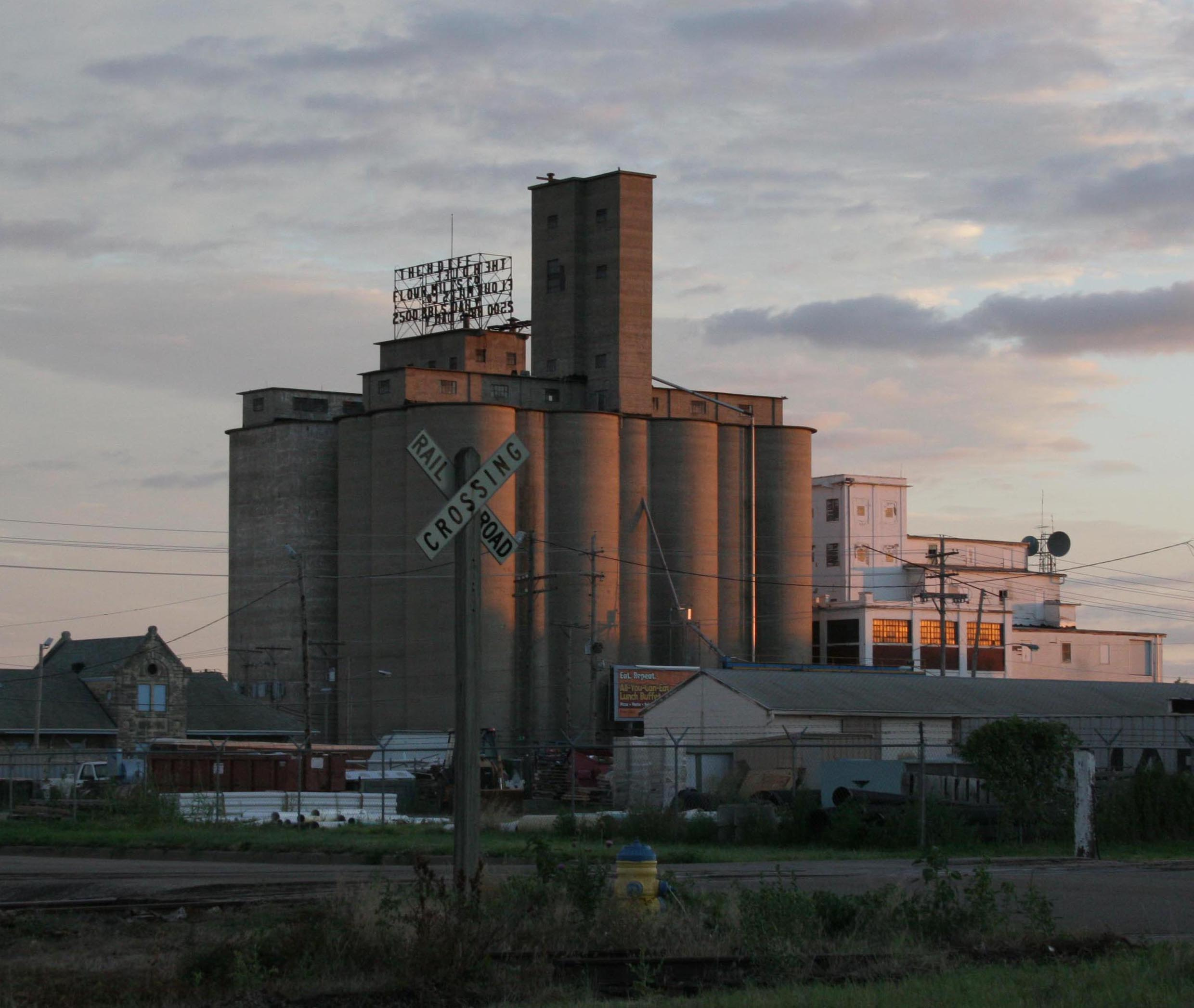 Salina Grain Elevators 18 copy.JPG