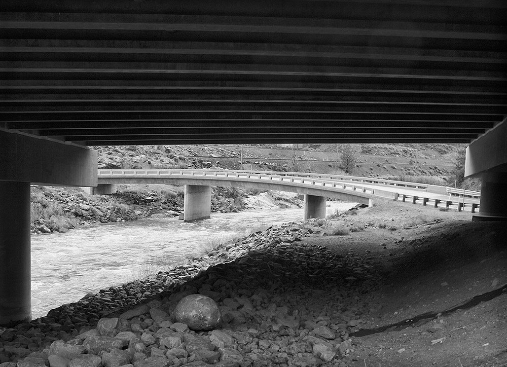bridge truckee river.jpg