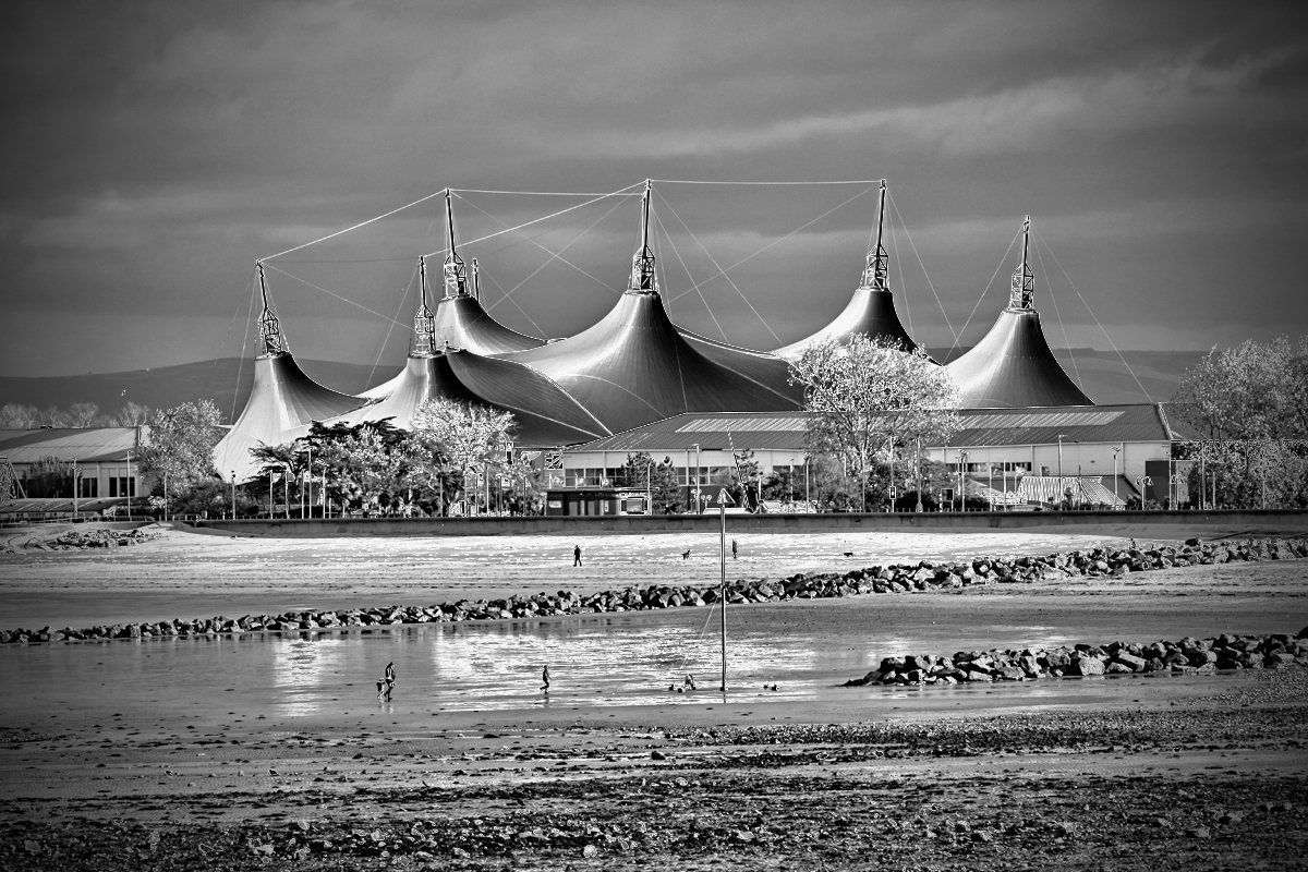 Abstract Butlins-web.jpg