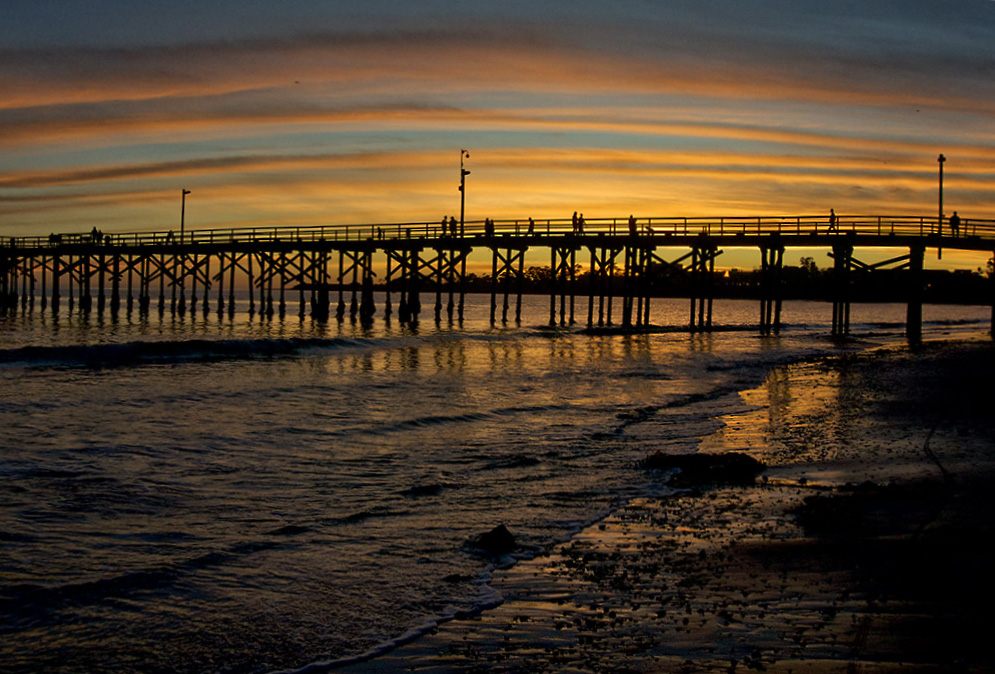 goleta pier sunset 2.jpg