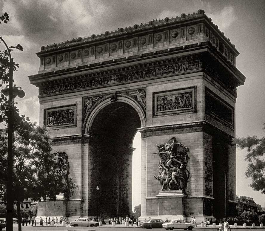 France-76-06-09-Paris-Arc--copy.jpg