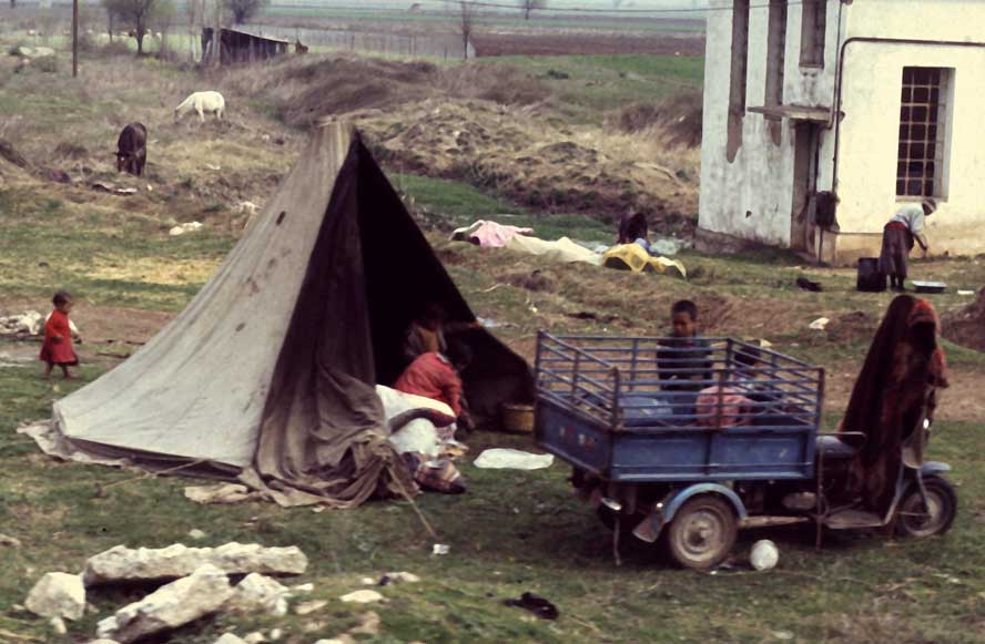 Greece-Greece-Gypsy-Camp-hd.jpg