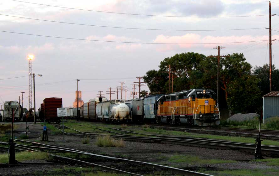 Salina-RR-yards-2cr.jpg