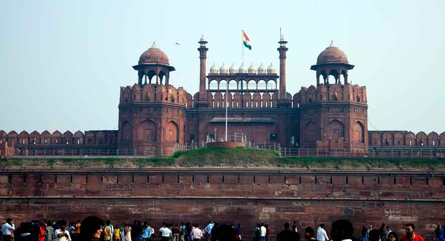 India-Delhi-Red-Fort-cre.jpg