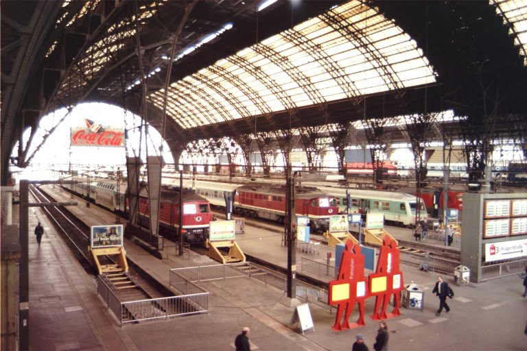 Dresden train station2.jpg