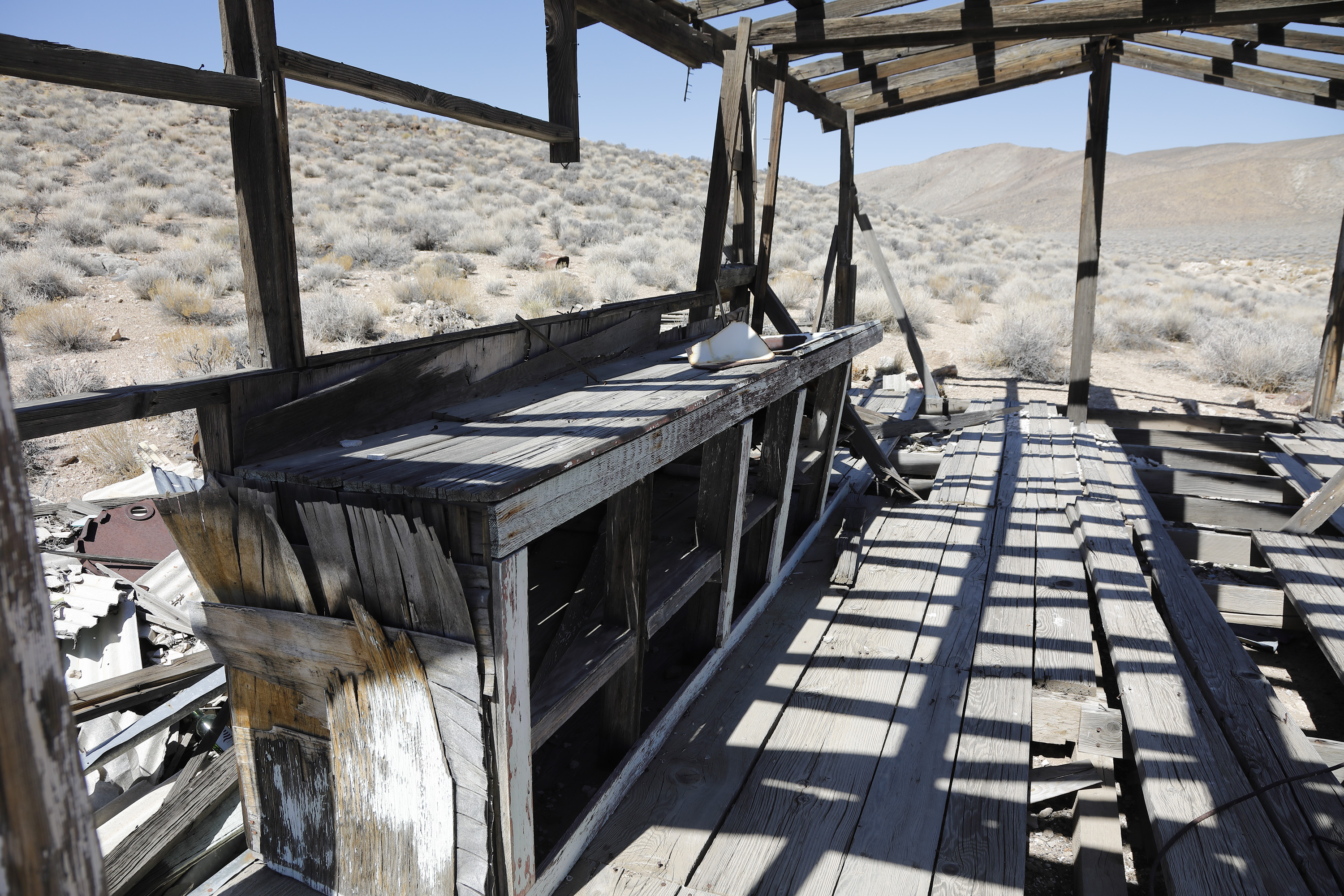 old mining shed death valley.jpg