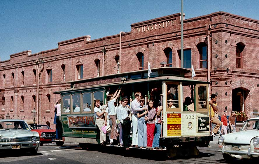 CA-SF-cable-car-w-Cannery-a.jpg