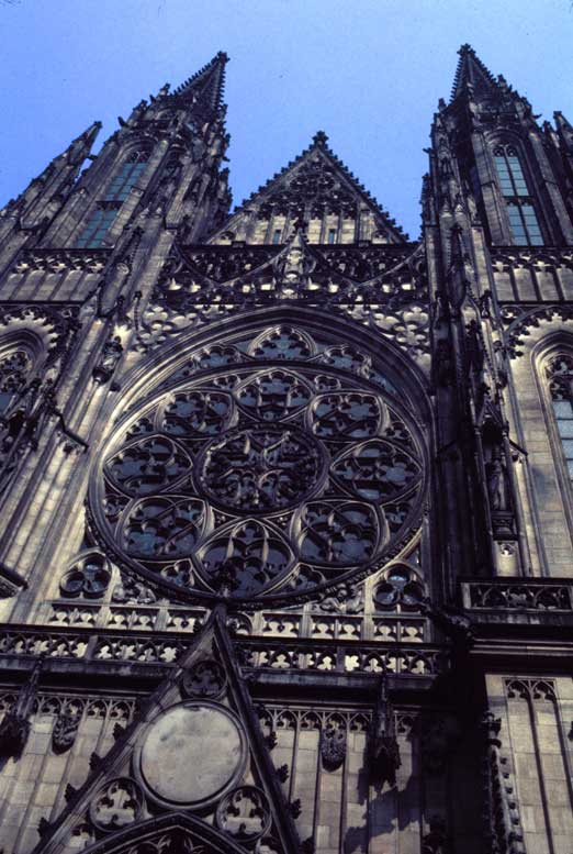 Czech-3-3-Ext-Hrad-Cathedral.jpg